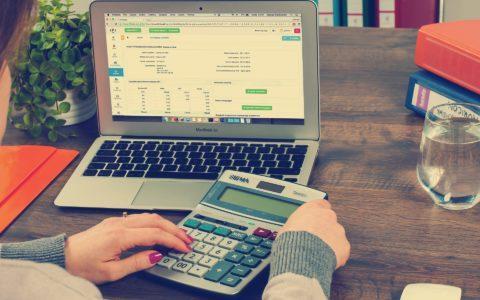 Säumniszuschläge zur Grundsteuer - und die mögliche Verfassungswidrigkeit der Einheitsbewertung