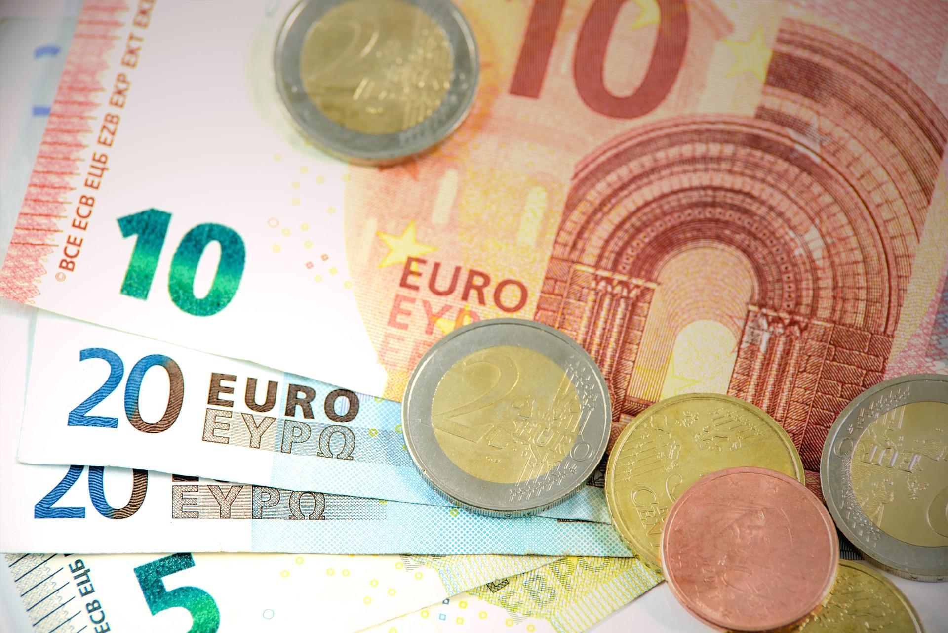 Der zum Schein aufgesplittete Arbeitsvertrag - Beitragsvorenthaltung und Lohnsteuerhinterziehung