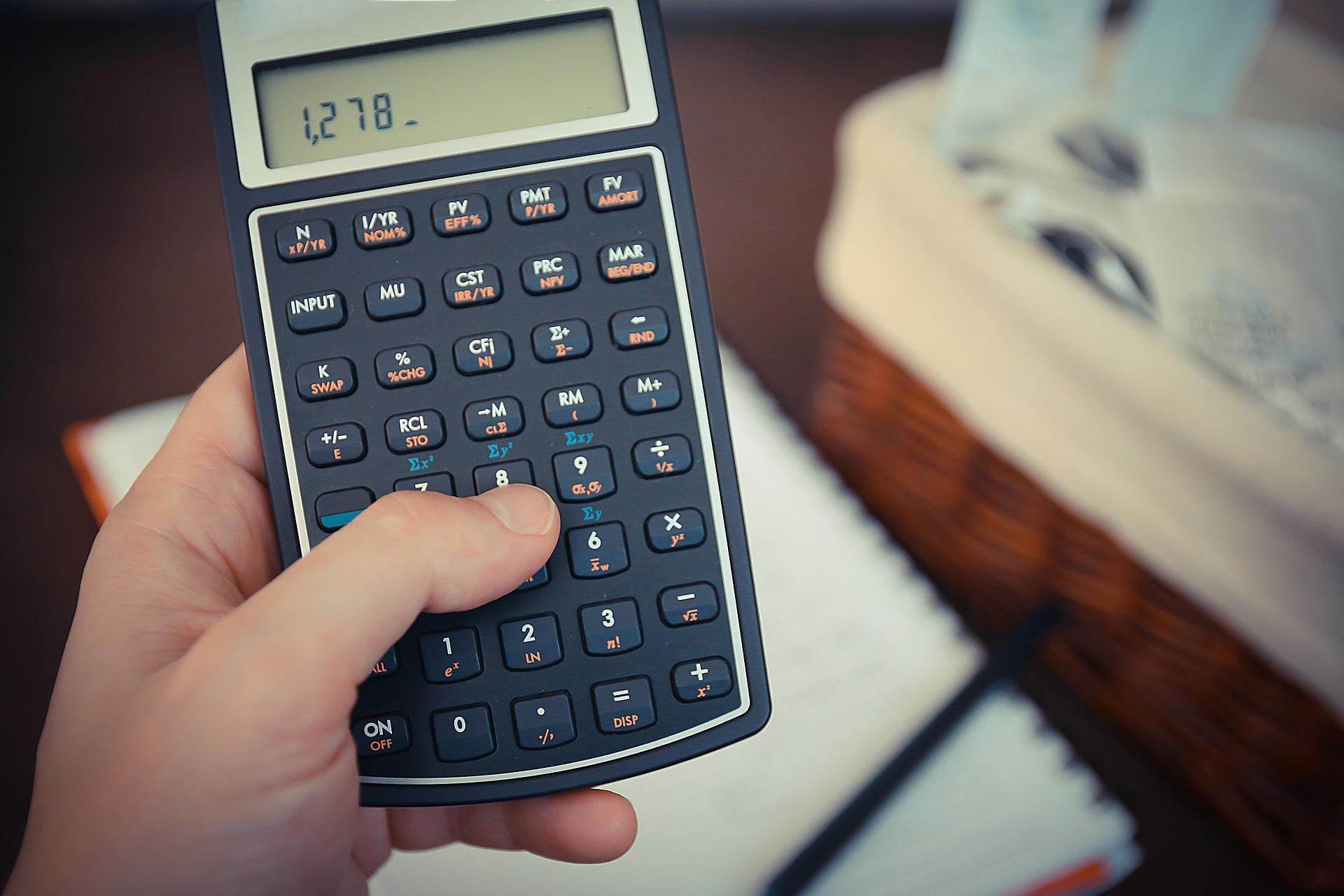 Rückzahlung zuviel gezahlten Arbeitslohns - durch den beherrschenden Gesellschafter-Geschäftsführer